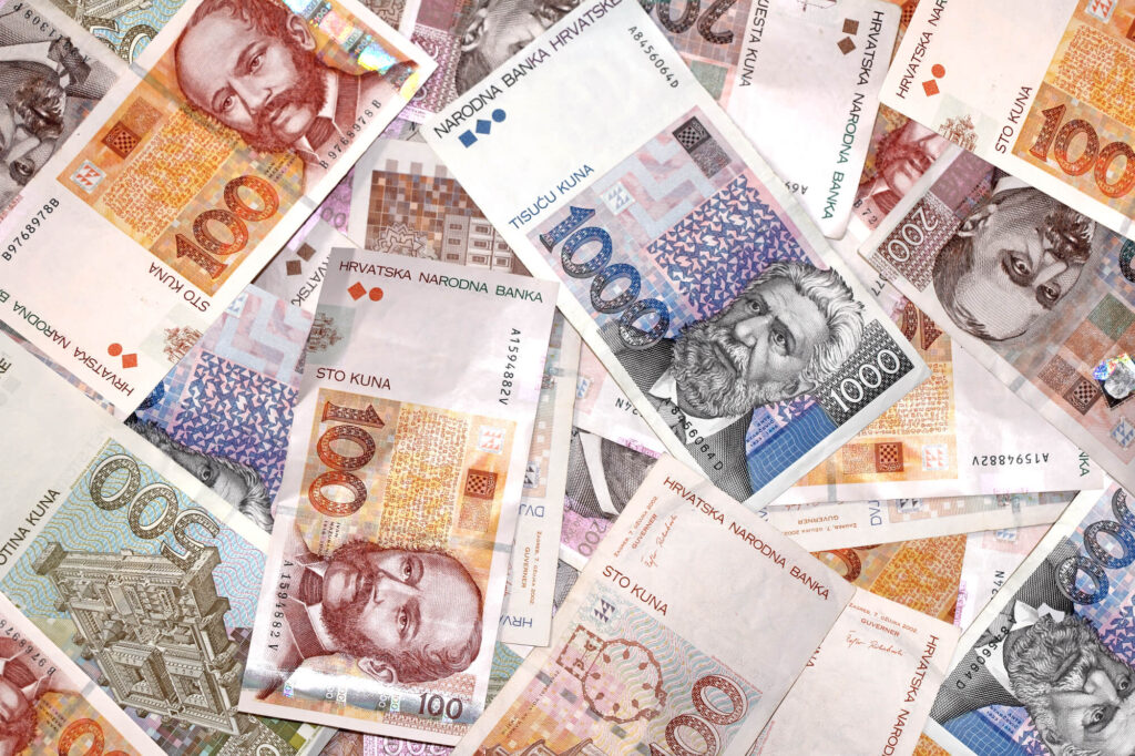 An image of Croatian currency meant to symbolize banking in Croatia